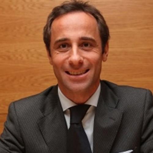 Dr Alex Digesu